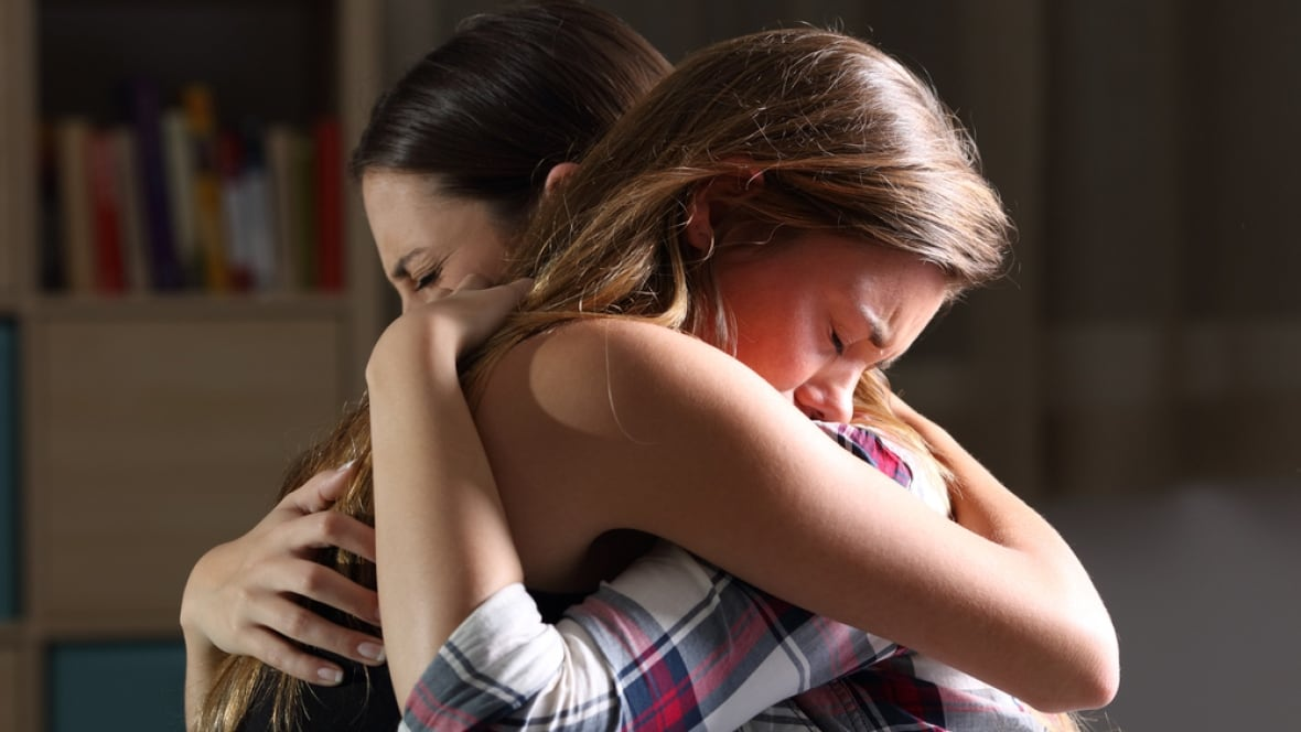 Soothing touch eases the pain of social rejection, study finds