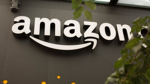 In total, Amazon received 238 applications, about a dozen of which were from Canadian cities.