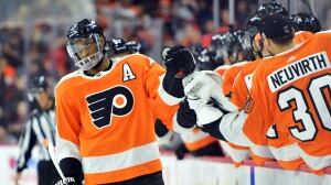 Flyers' Wayne Simmonds scores late as Oilers continue slump