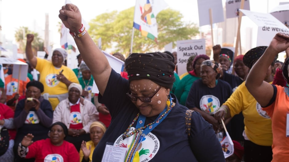 Eunice Mangwane organized the 2016 South Africa Grandmothers Gathering, where 2,000 grandmothers marched to the steps of the International AIDS Conference in Durban to deliver their human rights demands.
