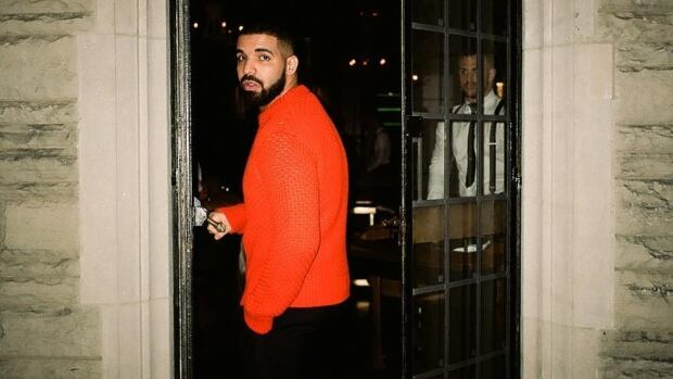 Drake celebrated his 31st birthday this weekend with an intimate gathering of family and friends at Casa Loma.