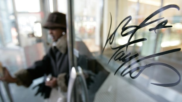 HBC will sell the flagship store of retailer Lord & Taylor in a billion-dollar deal to pay down debt.