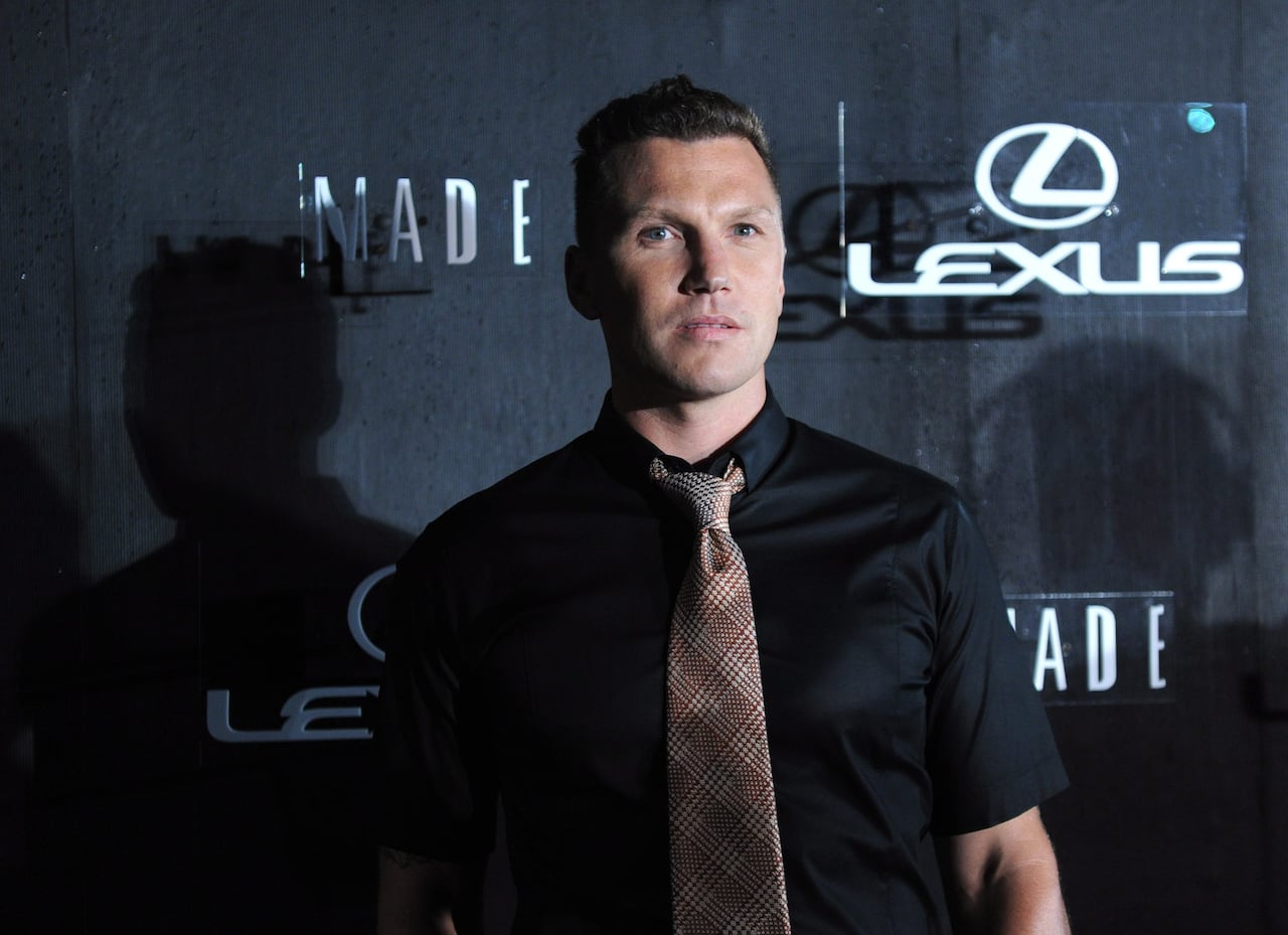 Former Nhl Agitator Sean Avery Takes Aim At His Enemies In Memoir
