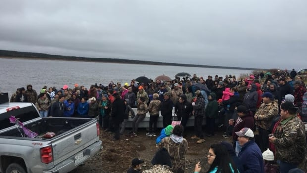 Waskaganish Band Council invited people to the banks of Rupert River Wednesday afternoon where the Chief, deputy and youth chiefs of Waskaganish also spoke with those gathered.