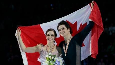Virtue and Moir begin Olympic quest at Skate Canada