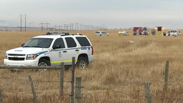 Plane crash that killed 2 west of Calgary likely due to engine