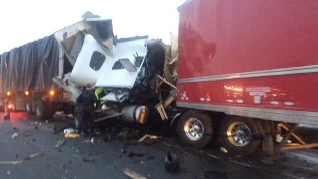 One person killed in multi-vehicle collision on Hwy. 401