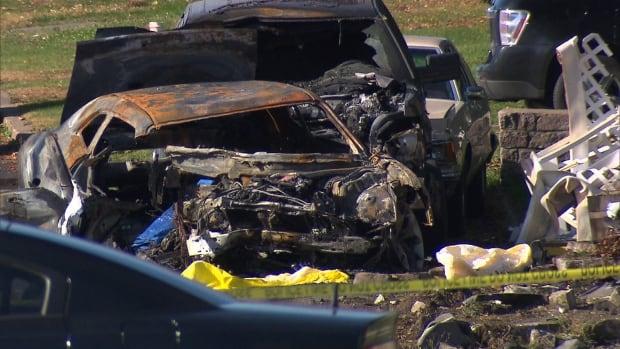 My Car North Bay >> At least 2 dead, 4 injured after car crash in Kahnawake ...