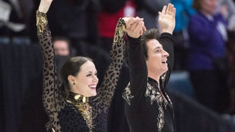 Virtue and Moir set another world record on their way to gold at Skate Canada