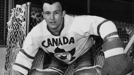 1956-CortinaDAmpezzo-Canada-Hockey