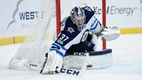 hellebuyck-connor-103117