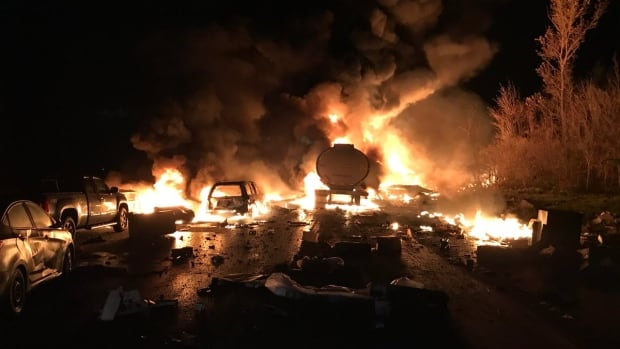 NewsAlert: At least 3 dead in Highway 400 pileup
