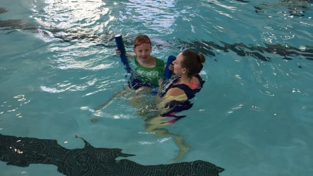 teaching swimming lessons to kids with autism Swimming instructions ymca locations that offer special needs swimming instructions (sorted alphabetically, by state) ©️national autism association.