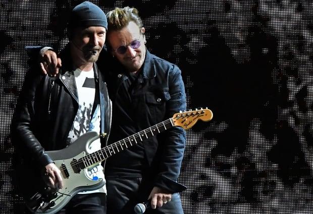 U2 - Edge and Bono