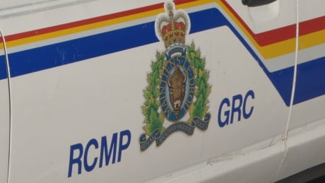 Dangerous driving, collision, bizarre behaviour leads to arrest of Edmonton man near Jasper thumbnail
