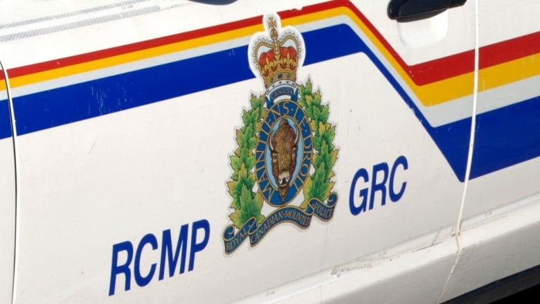 Man, 37, dead after rear-ending semi on Perimeter Highway