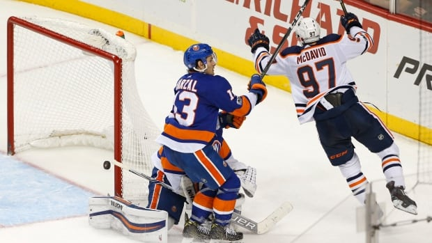 McDavid Lifts Oilers Past Islanders In Overtime On Exceedingly Nifty Passing Play (video)