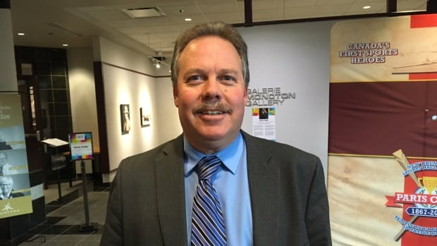 Gregg Houser, Moncton's deputy treasurer, estimates the newly ratified contract will cost the city about $300,000 a year in salaries and benefits. Members of the City Hall Employees Association had been without a contract since December 2016.