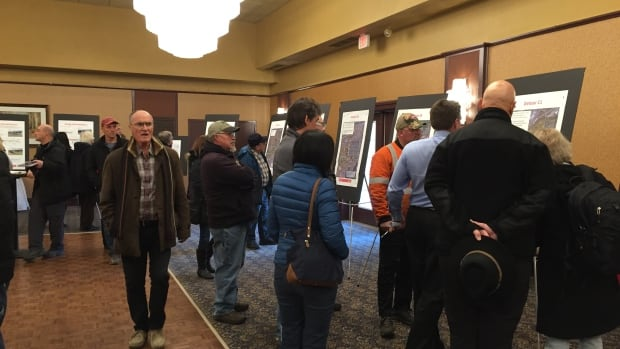 Hundreds of people turned out on Thursday evening for an open house explaining the detour possibilities when work is underway on Highway 61 in summer 2018.