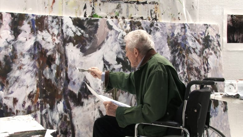 Canadian painter Gordon Smith, a beloved master, has died at 100