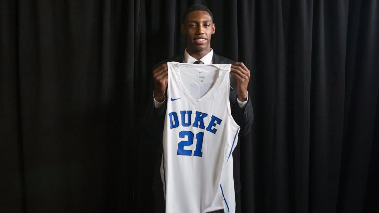 buy popular bdc46 5a08c Canadian teen R.J. Barrett to play college ball at Duke ...