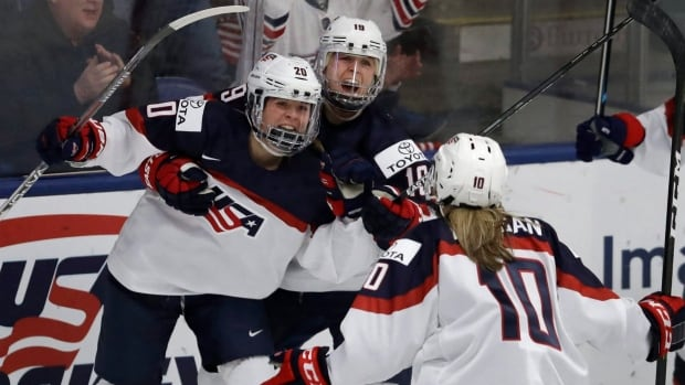 Hannah Brandt (20), seen here at this year's world championships, scored twice in the second period to lead the U.S. to a 5-1 victory over Canada in the Four Nations Cup final.