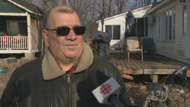 Robert Bergeron of Pontiac, Que. just discovered the province would not fund his work to stay in his home in the winter.