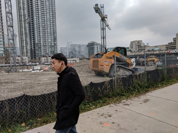 Condo construction Toronto just north of Gardiner Expressway