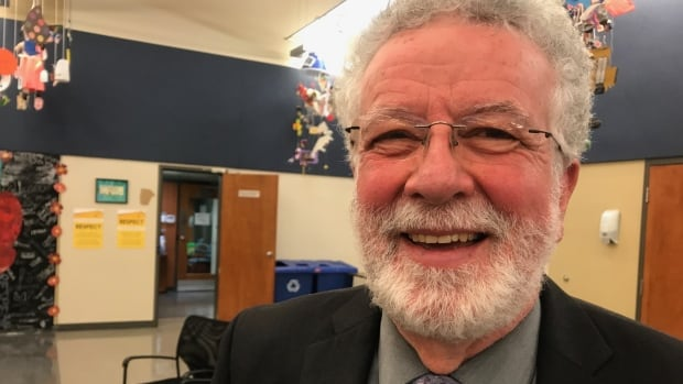 Former commissioner Noel Burke will succeed Suanne Stein Day as school board chair.