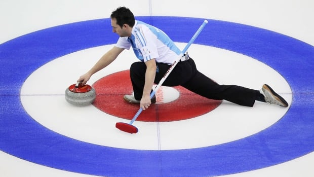 Quebec skip Robert Desjardins, pictured above at the 2012 Brier, remains 4-0 at the 2018 Canadian mixed curling championship.