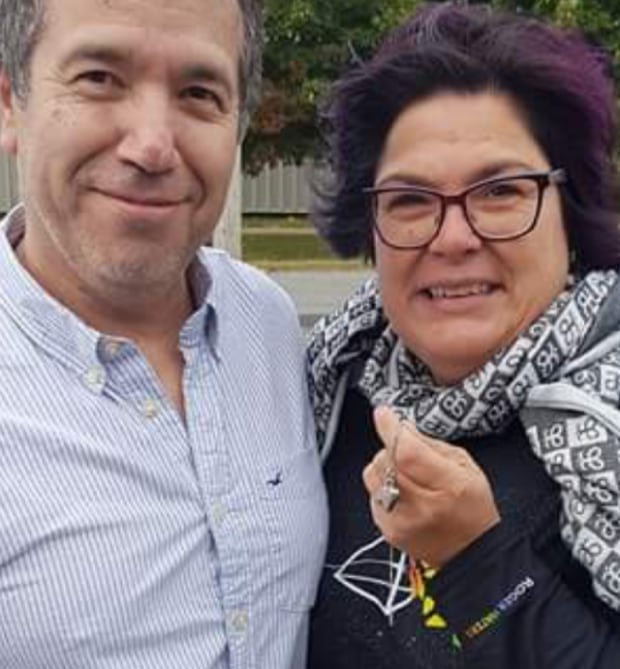 Eduardo Orantes and Nancy Murray meet in Victoriaville where she was reunited with pendant
