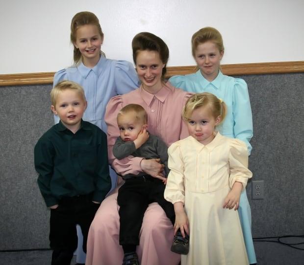Rachel Jeffs with kids