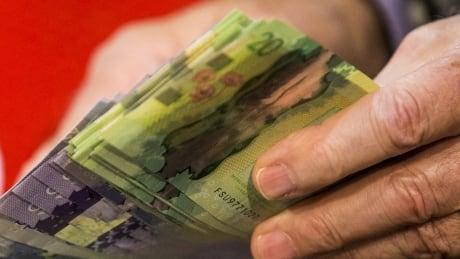 CANADA cash money bills