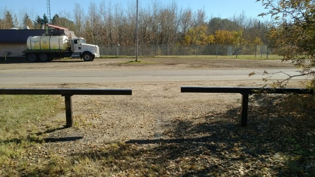 Some St. Albert parents are pushing for the relocation of the Old Coal Mine Road bus stop, but Greater St. Albert Catholic Schools says it's safe.