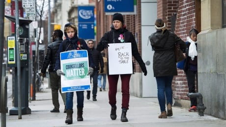 Ont College Strike 20171117
