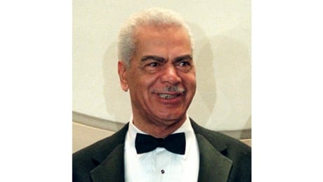 Cosby Show actor Earle Hyman dead at 91 thumbnail