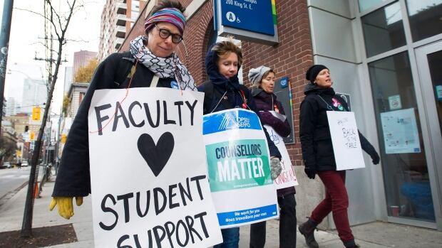 Ontario tables legislation to end five-week college faculty strike