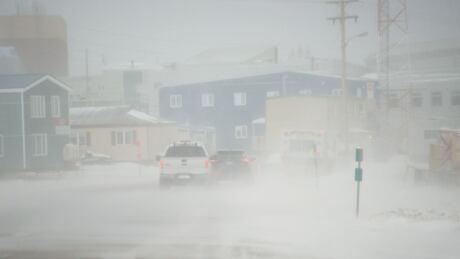 strong winds iqaluit