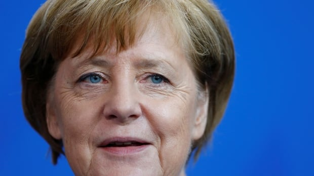 Angela Merkel: New election better than minority government