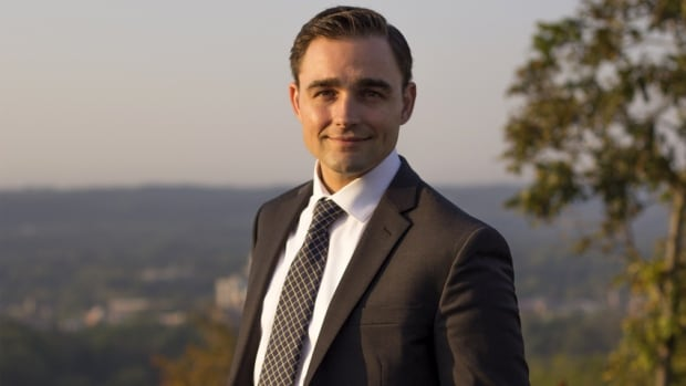 """I'll take help wherever I can get it, but I'm going to focus on my own campaign,"" says Chris Sweet, who wants to run for the Conservatives in Hamilton West-Ancaster-Dundas in the 2019 federal election. He's the son of David Sweet, who represents the neighbouring riding."