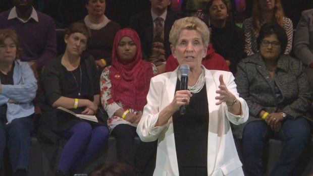 Premier Kathleen Wynne spent 90 minutes meeting with about 200 residents on Monday night.