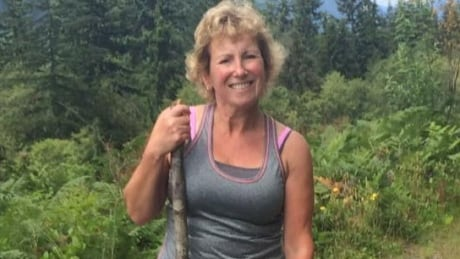 Coquitlam, B.C., rescuers search for missing dog walker, 3 dogs