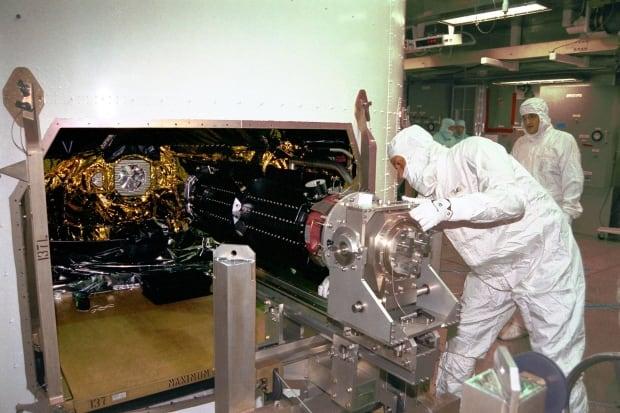 spacecraft power sources - photo #23