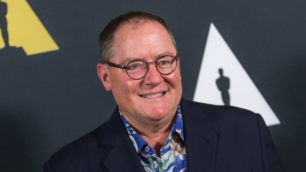 In a vaguely worded memo obtained by The Associated Press, John Lasseter apologized to anyone who has received an unwanted hug or gesture.