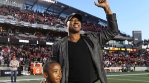 Former Ottawa QB Burris happy to pass Grey Cup torch from stands