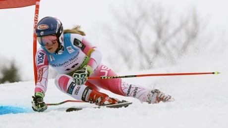 women slalom