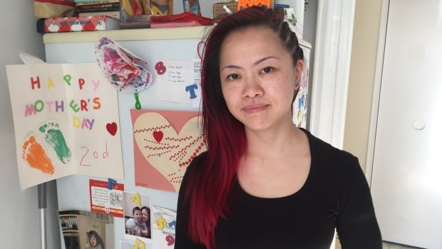 Health Canada chemist Kuini Chuen is calling on the federal government to scrap the Phoenix pay system.