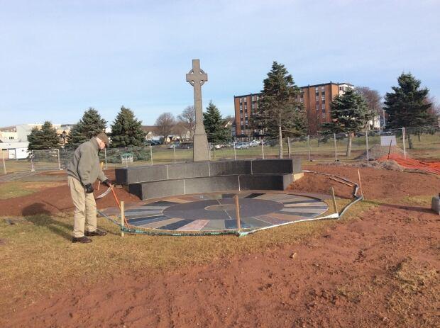 Irish settlers memorial repaired 6