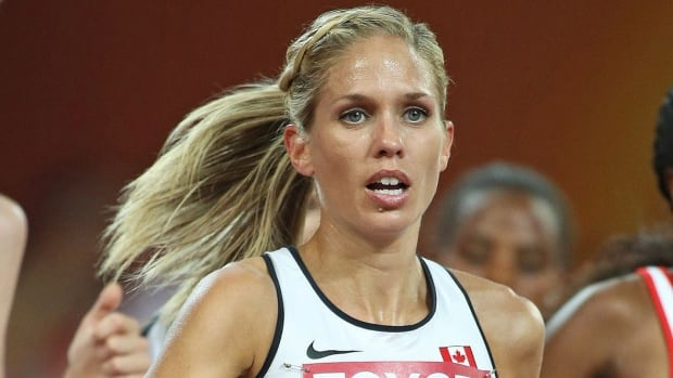 Vancouver's Natasha Wodak will attempt to win her third Canadian cross-country championship and second in Kingston, Ont., on Saturday after missing last year's race with a right big toe injury that eventually required surgery.