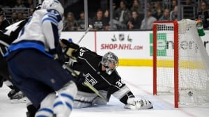 Jets outpace Quick with late strikes to topple Kings